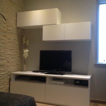 Progetto Casa mobile tv su misura casa in montagna